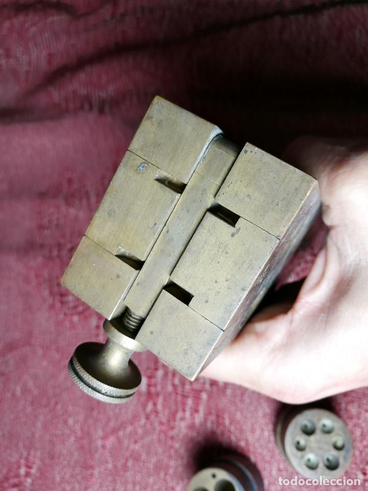 Antigüedades: molde de laton macizo para farmacia (supositorios y ovulos) LOTE 5 MOLDES-SEGAUD COURBEVOIE SEINE - Foto 28 - 152205418