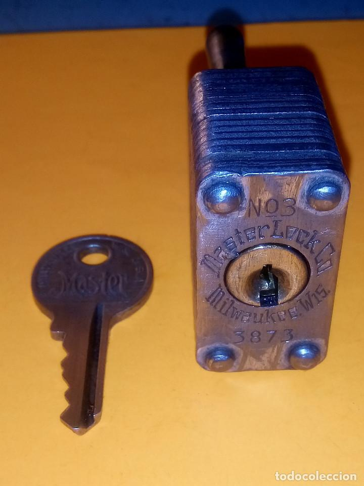 Antigüedades: ANTIGUO CANDADO MASTER LOCK. U.S.A. PERFECTO Y FUNCIONANDO. LIMPIADO Y ENGRASADO. DESCRIP. Y FOTOS - Foto 4 - 152273762
