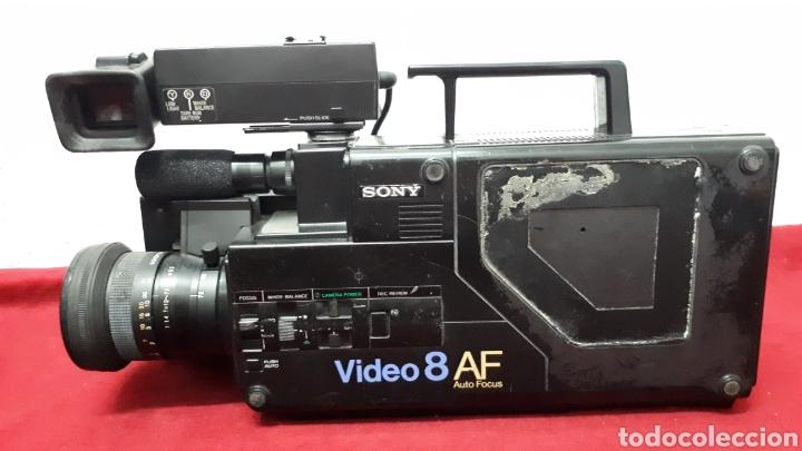 Antigüedades: SONY VIDEO8 AF - modelo CCD-V8AF / cámara de vídeo - Foto 2 - 158015100
