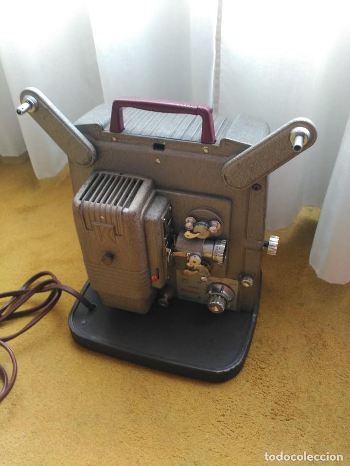 Antigüedades: Proyector 8mm Keyston K100 - Foto 5 - 152455662