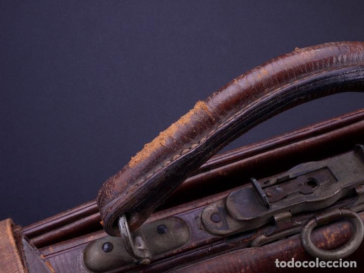 Antigüedades: BOLSO EQUIPAJE DE AFEITADO Y ASEO - Foto 5 - 152468730