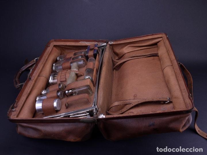 Antigüedades: BOLSO EQUIPAJE DE AFEITADO Y ASEO - Foto 8 - 152468730
