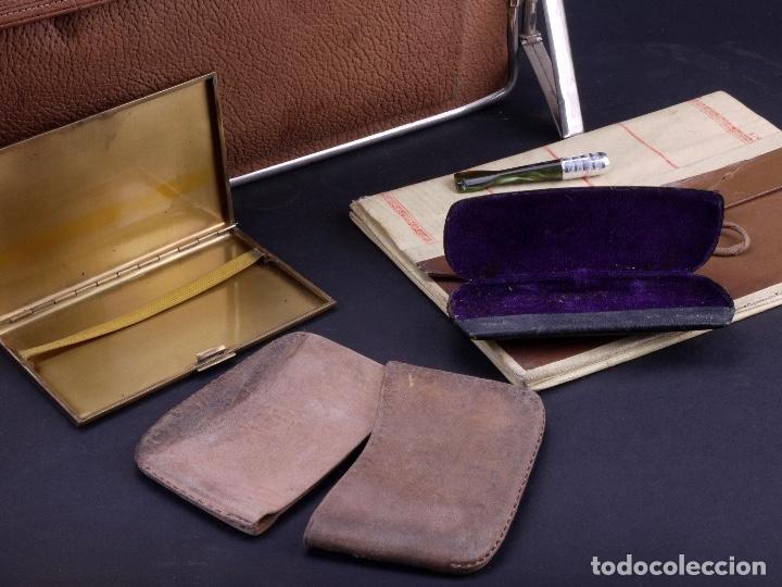 Antigüedades: BOLSO EQUIPAJE DE AFEITADO Y ASEO - Foto 14 - 152468730