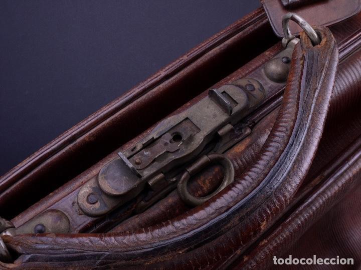 Antigüedades: BOLSO EQUIPAJE DE AFEITADO Y ASEO - Foto 24 - 152468730