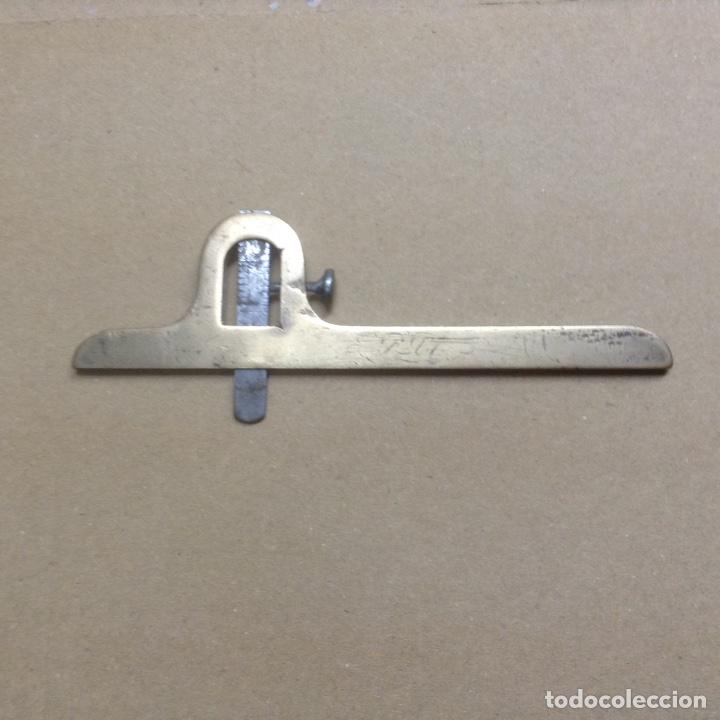 ANTIGUO CALIBRE DE PROFUNDIDAD EN BRONCE (Antigüedades - Técnicas - Herramientas Profesionales - Mecánica)