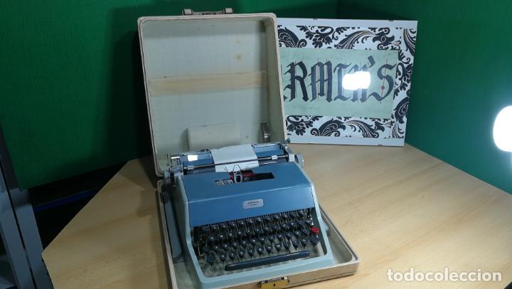 Antigüedades: Maquina de escribir de viaje Olivetti Super Luxe, de gran calidad, muy cuidada - Foto 20 - 152652082