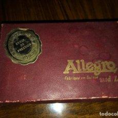 Antigüedades: MAQUINA DE AFILAR CUCHILLAS DE AFEITAR Y CUCHILLAS ANTIGUAS. Lote 152760146
