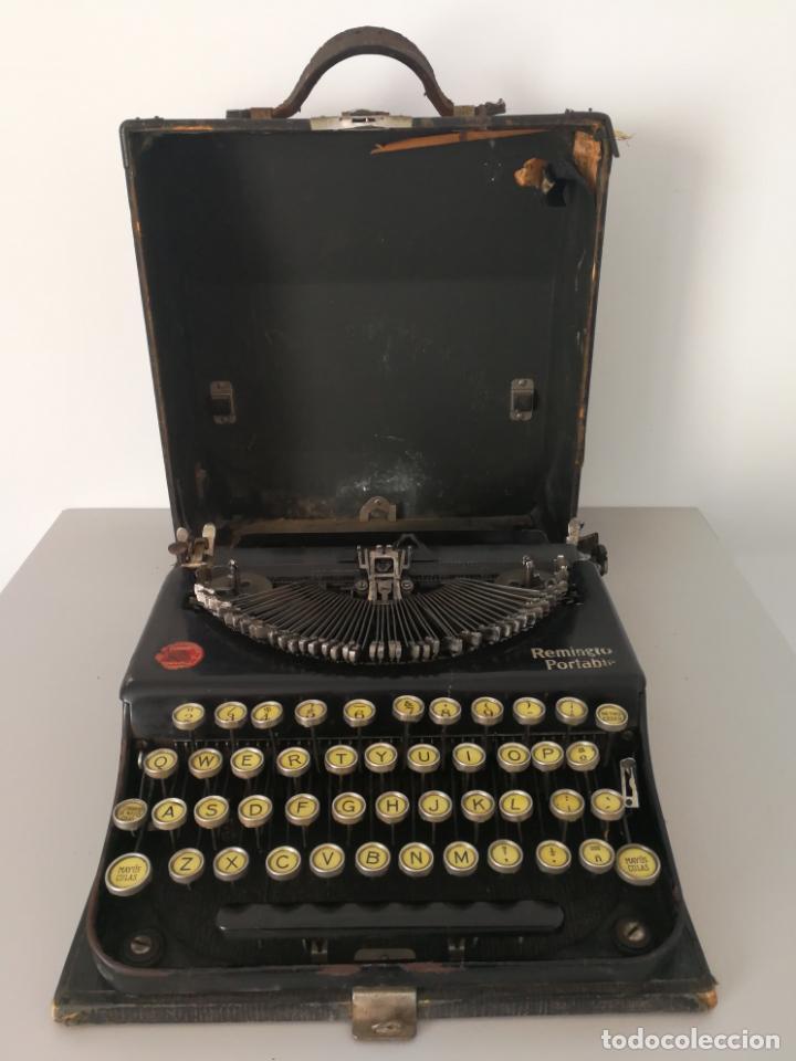 ANTIGUA MAQUINA DE ESCRIBIR REMINGTON PORTABLE (Antigüedades - Técnicas - Máquinas de Escribir Antiguas - Remington)