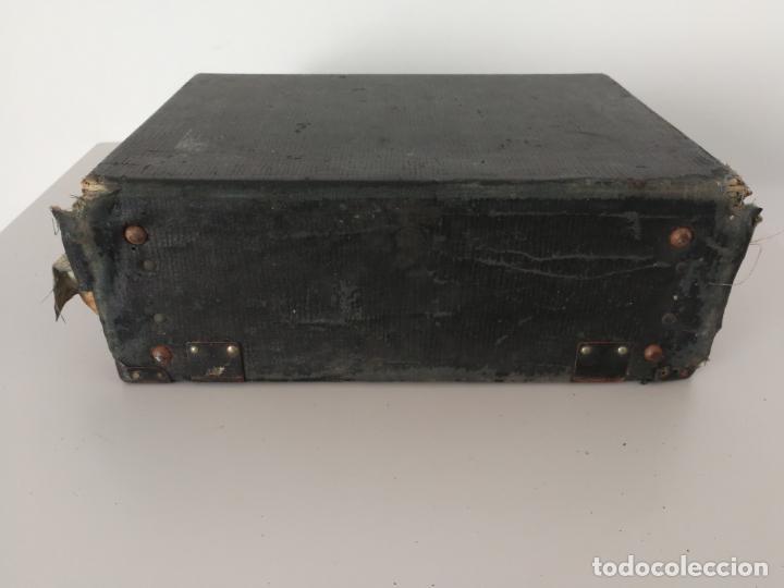 Antigüedades: ANTIGUA MAQUINA DE ESCRIBIR REMINGTON PORTABLE - Foto 19 - 152779446