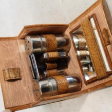 Antigüedades: MAQUINILLA SET ANTIGUO DE AFEITADO. Lote 153031650