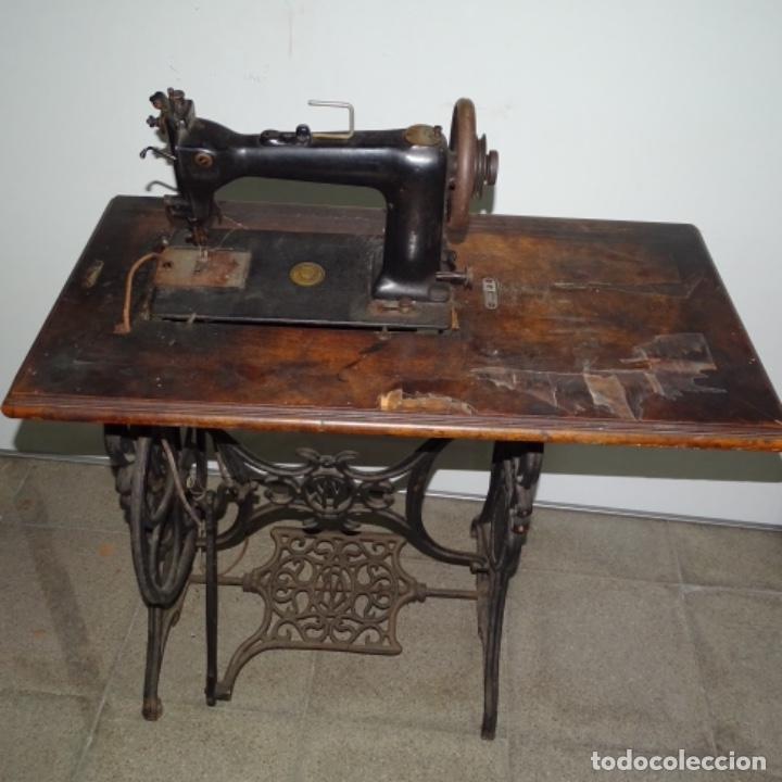 Antigüedades: Antigua máquina de coser Wilson con pie Wertheim. - Foto 11 - 153143666