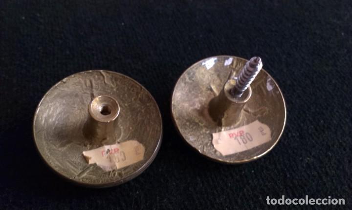 Antigüedades: ANTIGUOS POMOS O TIRADORES DE METAL - Foto 2 - 153209762
