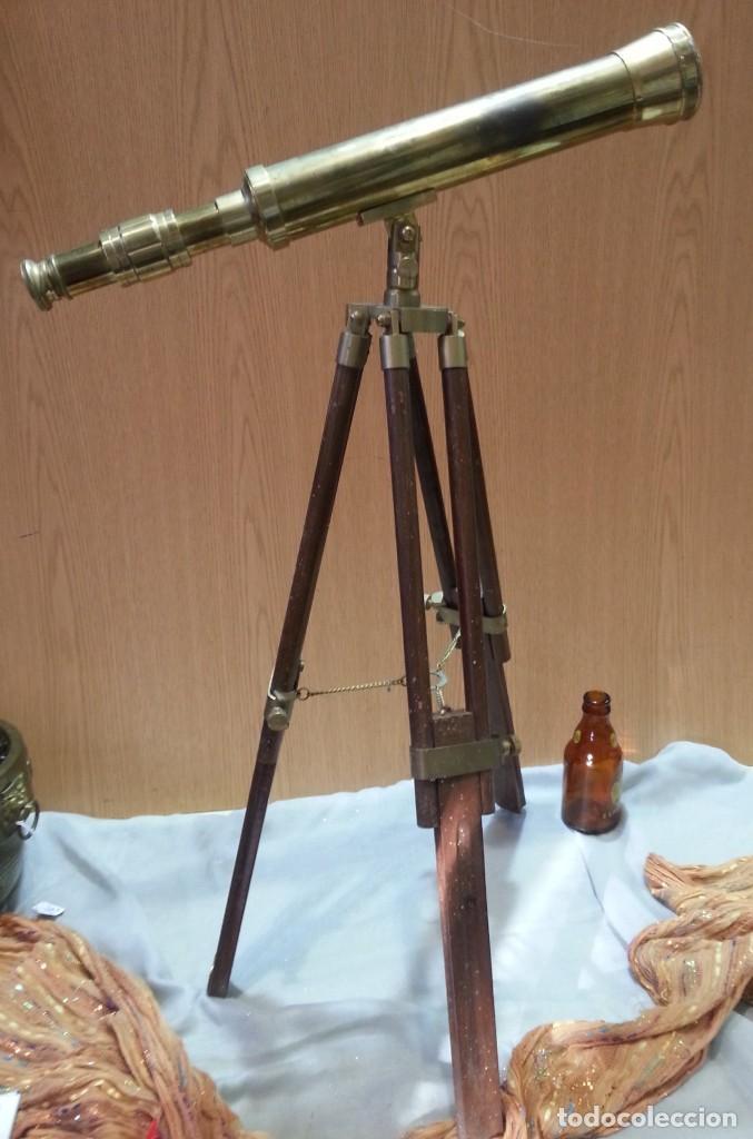 Antigüedades: Catalejo, telescopio naval. Vintage. Años 90. Sobre trípode. Precioso instrumento marítimo. - Foto 2 - 153360502