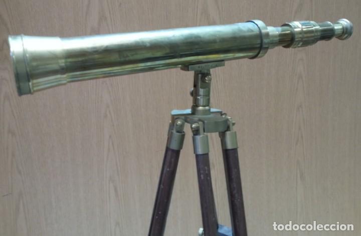 Antigüedades: Catalejo, telescopio naval. Vintage. Años 90. Sobre trípode. Precioso instrumento marítimo. - Foto 6 - 153360502