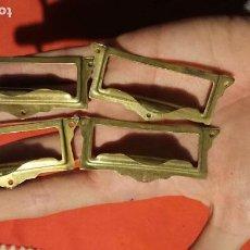 Antigüedades: ANTIGUO TIRADOR / TIRAFONDOS / TIRADORES / TARJETEROS DE LATÓN PARA CAJONES DE MUEBLE AÑOS 30-40. Lote 153506922