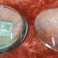 Antigüedades: PAREJA DE LENTES DE AUMENTO. CONVEXAS. SIGLO XX. . Lote 153672726