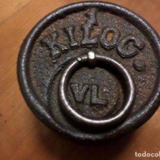 Antigüedades: PESA HIERRO 1 KILO HIERRO. Lote 153708262