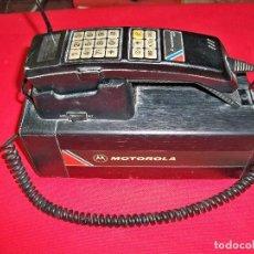 Teléfonos: ANTIGUO TELÉFONO MÓVIL MALETA MOTOROLA 5800X DE COCHE DE LOS AÑOS 80. Lote 153729710