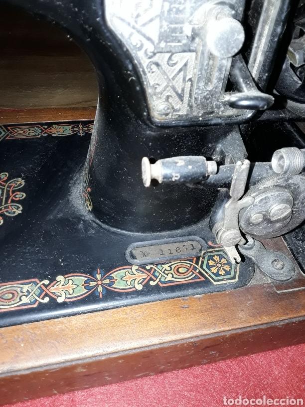 Antigüedades: Maquina de coser manual hexagon - Foto 3 - 153867110