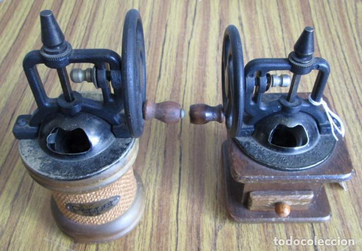 Antigüedades: PAREJA DE MOLINILLOS De madera y metal - Marcaje del redondo PEPPER - Son de adorno - Foto 4 - 154389846