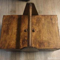 Antigüedades: CAJA DE HERRAMIENTAS . Lote 154557398