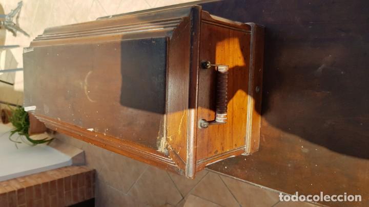 Antigüedades: Antigua maquina de coser Singer 15K de 1907 con pie de forja y cubierta - Foto 7 - 154612010