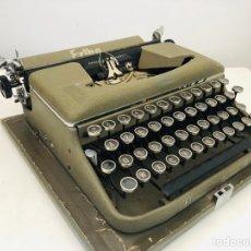 Antigüedades: ERIKA 9 TYPEWRITER 1953. Lote 154612849