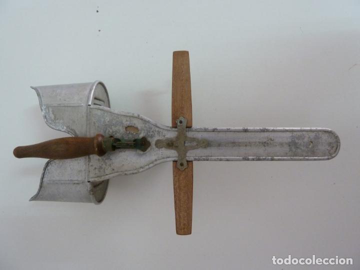 Antigüedades: VISOR ESTEREOSCÓPICO ANTIGUO ORIGINAL DE LA MARCA KEVUKO - Foto 2 - 154635278