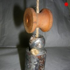 Antigüedades: PLOMADA COMPLETA DE ALBAÑIL. Lote 154658938