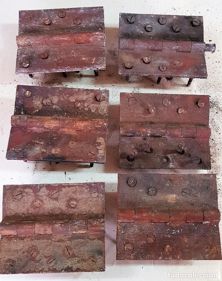 LOTE DE 6 BISAGRAS DE PORTON 18 X 15 CM (Antigüedades - Técnicas - Cerrajería y Forja - Bisagras Antiguas)