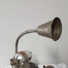 Antigüedades: ANTIGUA MÁQUINA PARA COSER PUNTOS DE MEDIAS. Lote 154944454