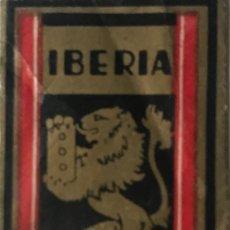 Antigüedades: ENVOLTORIO DE HOJA DE AFEITAR IBERIA. EXTRA LUJO 4,7X2,7 CM. Lote 155097666