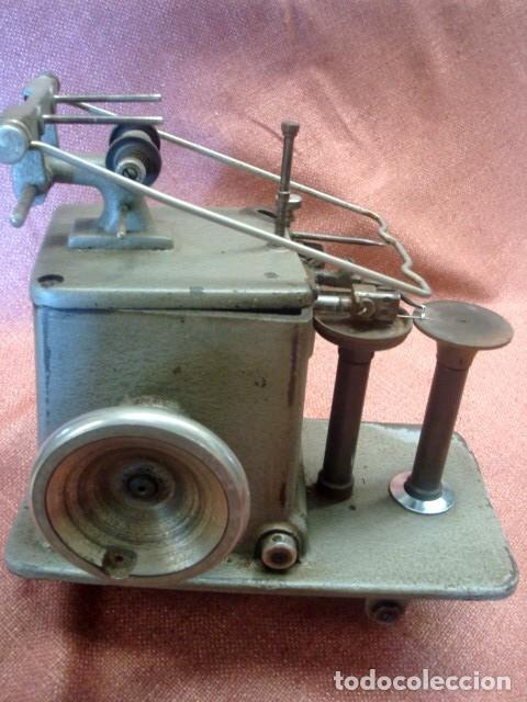 MAQUINA INDUSTRIAL ANTIGUA DE COSER PIELES, MARCA ALBIN PORKERT (Antigüedades - Técnicas - Máquinas de Coser Antiguas - Otras)