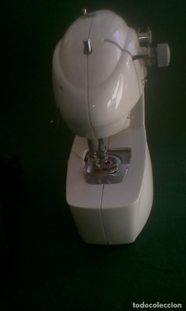 Antigüedades: Maquina de coser eléctrica - Foto 4 - 155203058