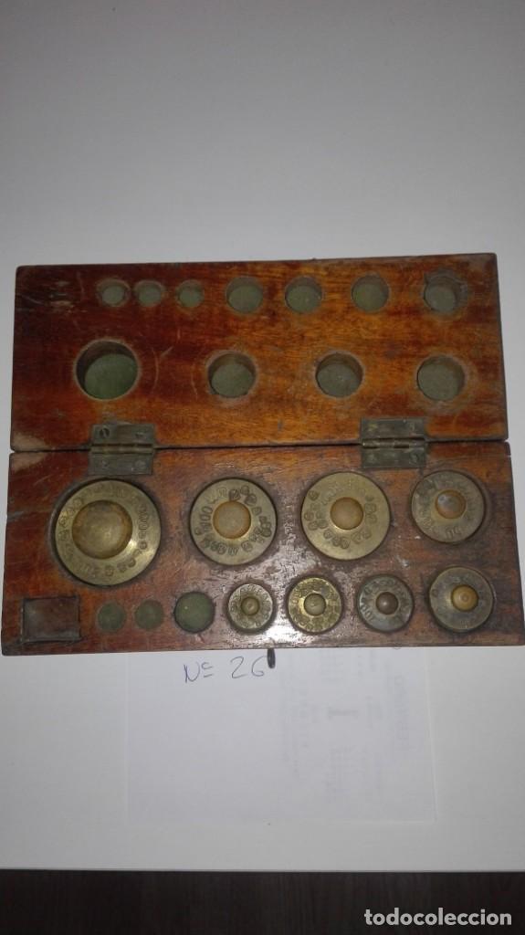 Antigüedades: Nº26 ANTIGUA CAJA CON 8 PESAS EN BRONCE 100% ORIGINAL - Foto 2 - 155232110