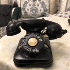 Teléfonos: TELÉFONO BAQUELITA NEGRO DE LOS AÑOS 50 DE LA CNTE COMPAÑIA TELEFONICA NACIONAL DE ESPAÑA. Lote 155323333
