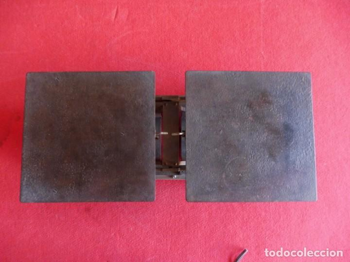 Antigüedades: BALANZA EN HIERRO FUNDIDO CON PLATOS PLANOS - Foto 5 - 155390350