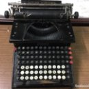 Antigüedades: MAQUINA DE ESCRIBIR ANTIGUA SMITH PREMIER TYPEWRITE - Nº10. Lote 155422734