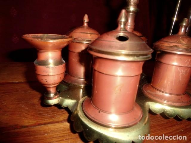 Antigüedades: Escribania de bronce con palmatoria y campanilla - Foto 3 - 155497438