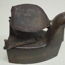Antigüedades: 319- ANTIGUA PLANCHA HIERRO 20X19 CMS 2.2 KGS PORTO MARCA GRABADA HIERRO OPORTUNIDAD!!!. Lote 155642522