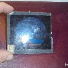 Antigüedades: ANTIGUA PLACA DE CRISTAL PAISAJE PARA LINTERNA MÁGICA 9X8,5 CM. . Lote 155650210