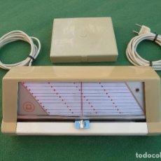 Teléfonos: MARCADOR AUTOMÁTICO DE LLAMADAS DE TELEFÓNICA AM-3 DE LA COMPAÑÍA AMPER. Lote 155655530