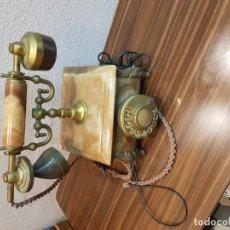 Teléfonos: ANTIGUO TELEFONO CON BASE DE MARMOL, BRONCE DORADO Y BAQUELITA . Lote 155675366