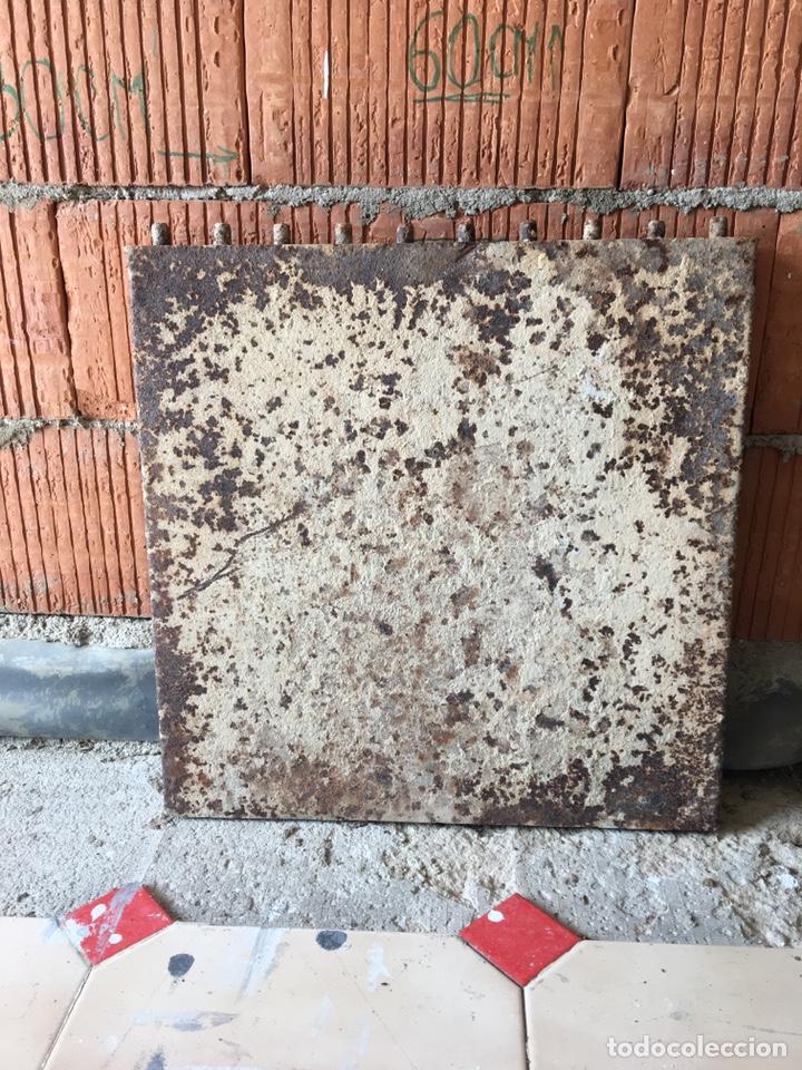 Antigüedades: Tapa de hierro fundido muy decorativa -(19071) - Foto 3 - 155708522