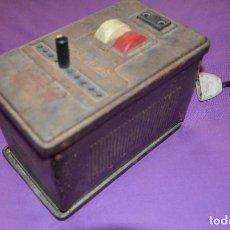 Antigüedades: ANTIGUO TRANSFORMADOR DE CORRIENTE ELÉCTRICA. MARCA OMEGA.. Lote 155780070