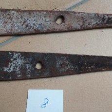 Antigüedades: LOTE 2 BISAGRAS. Lote 155818006