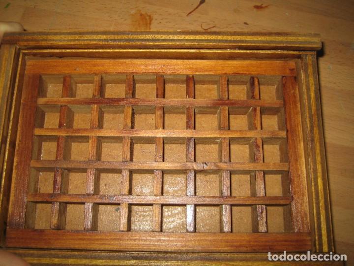Antigüedades: imprenta, caja de madera con 40 apartados, con tapa metacrilato - Foto 4 - 214941478