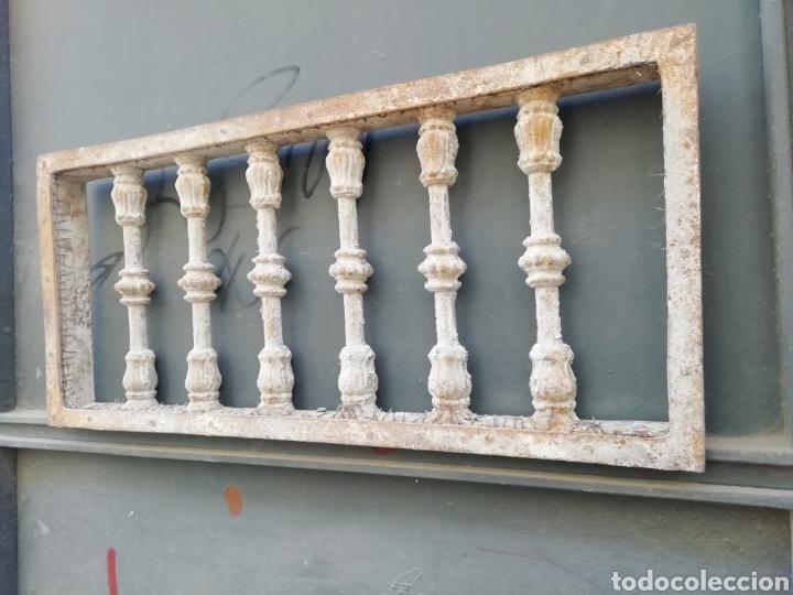 Antigüedades: Antigua reja o traga luz - Foto 3 - 156051742