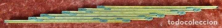 Antigüedades: COLECCIÓN DE 4 CINTAS MÉTRICAS. MADERA Y METAL. TELESCÓPICAS. SIGLO XX. - Foto 3 - 156174254