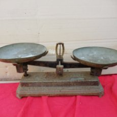 Antigüedades: ANTIQUÍSIMA BALANZA PARA PESA 10 KG. Lote 156490852